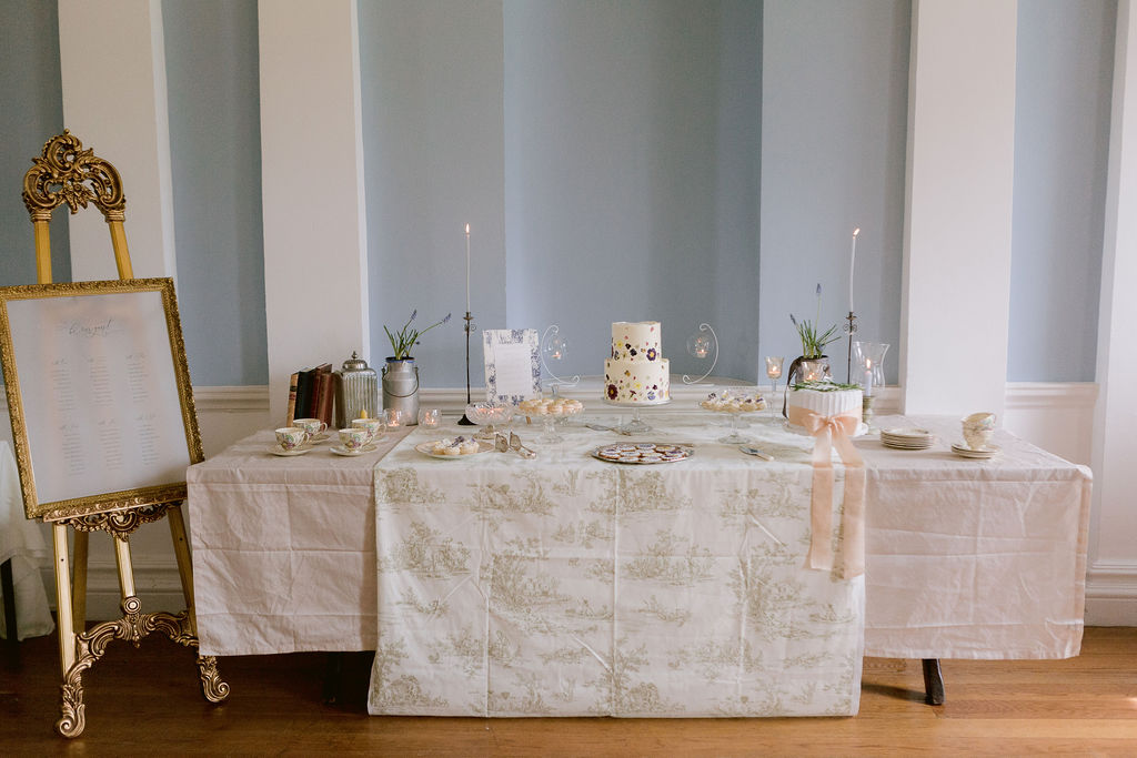 Traditional Wedding With Jane Austen Vintage Vibes