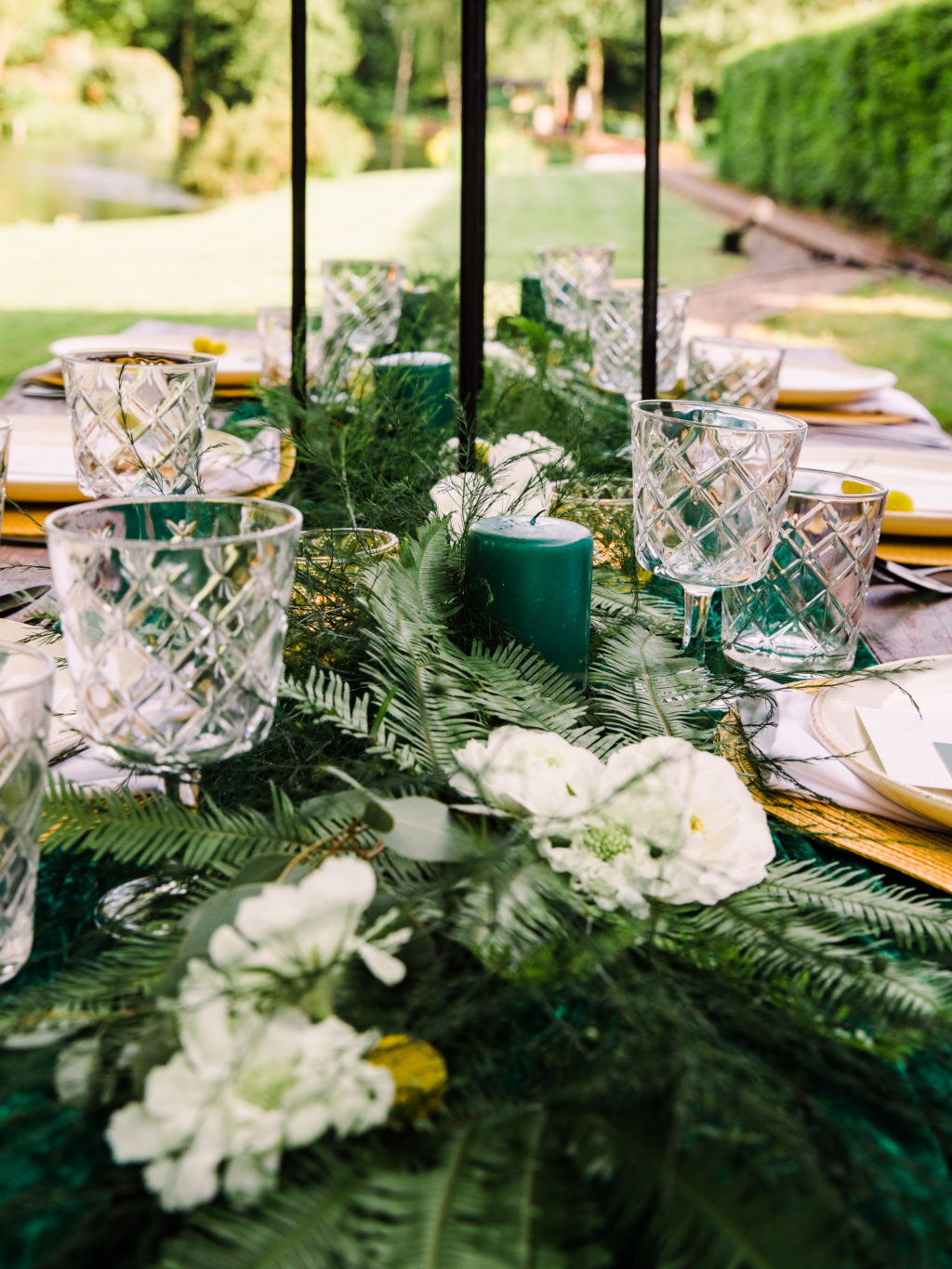 Modern Outdoor Wedding With Bold and Elegant Green and Yellow Styling