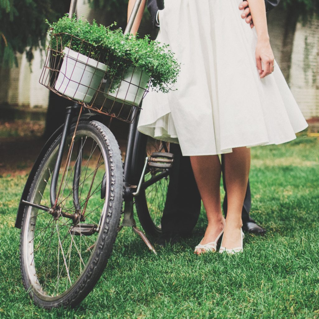 How to reduce the carbon footprint of your eco friendly wedding bike