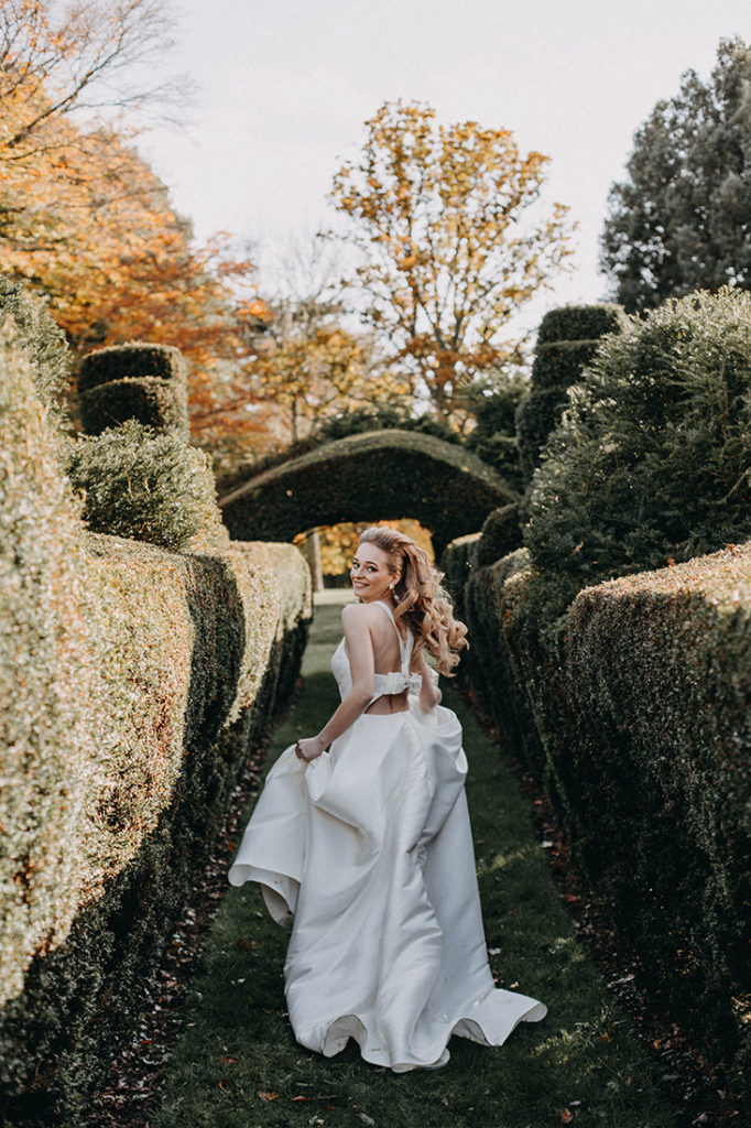 Luxurious Romantic Wedding At Hale Park With Simple Chic Dresses