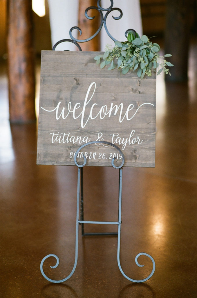 Chic Mountain Ranch Winter Wedding at Albert's Lodge, Colorado, USA