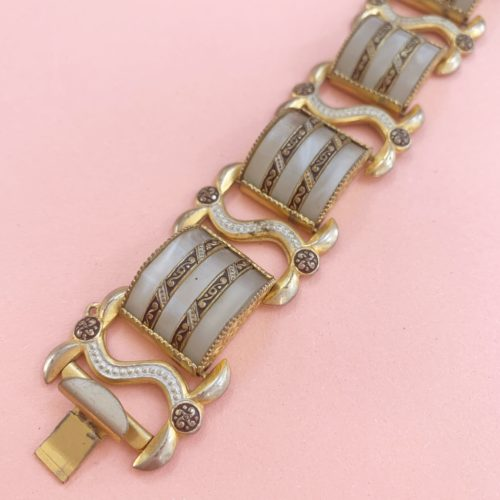 Chunky 1940s Faux Mother of Pearl Vintage Bracelet
