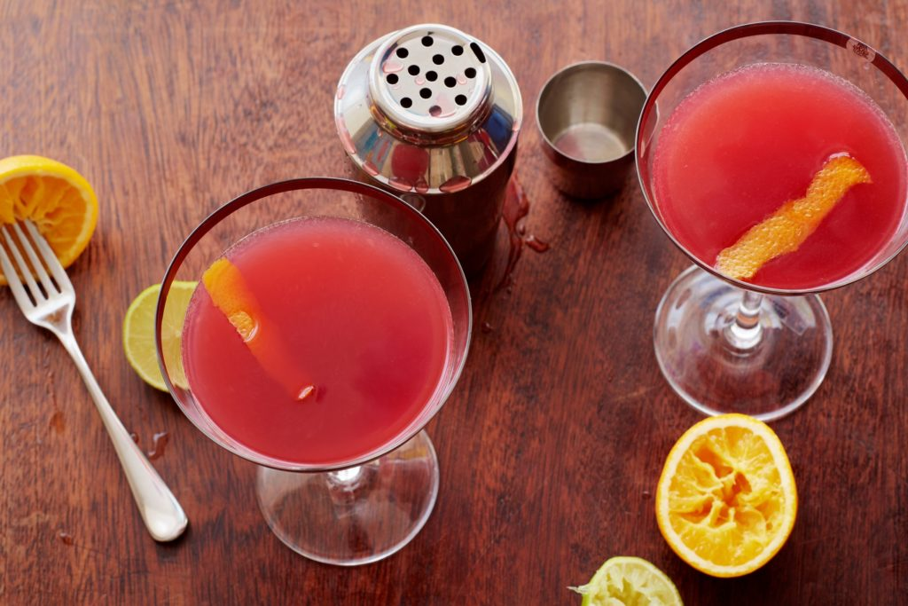 Autumnal Halloween Cocktail Recipes That Your Wedding Guests Will Love