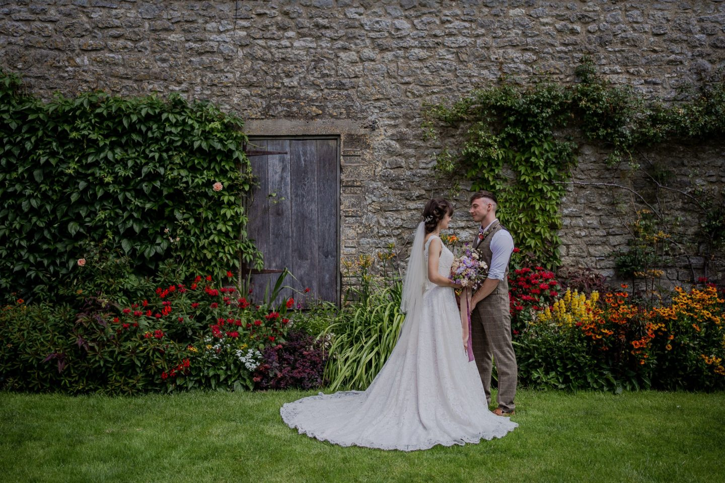 An Intimate Luxury Elopement With Romantic Vibes At Priston Mill, Somerset