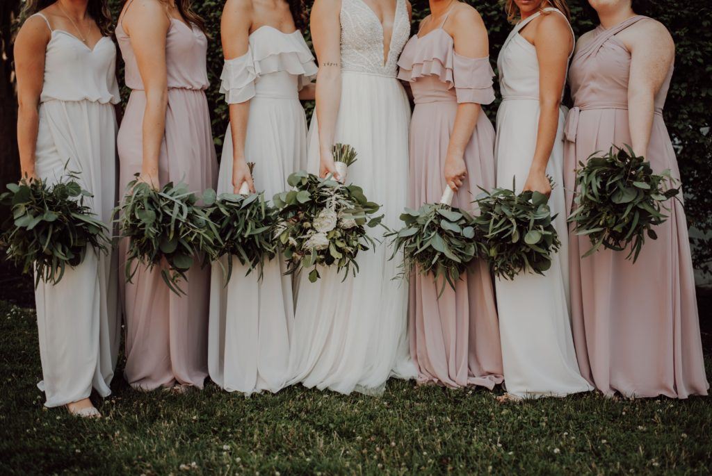 5 Ways Bridesmaids Can Support The Bride From Wedding Prep To The Day Itself