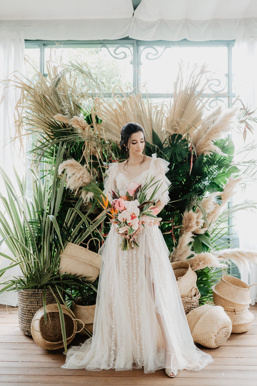 Luxury Boho Wedding With Tropical Vibes in Italy