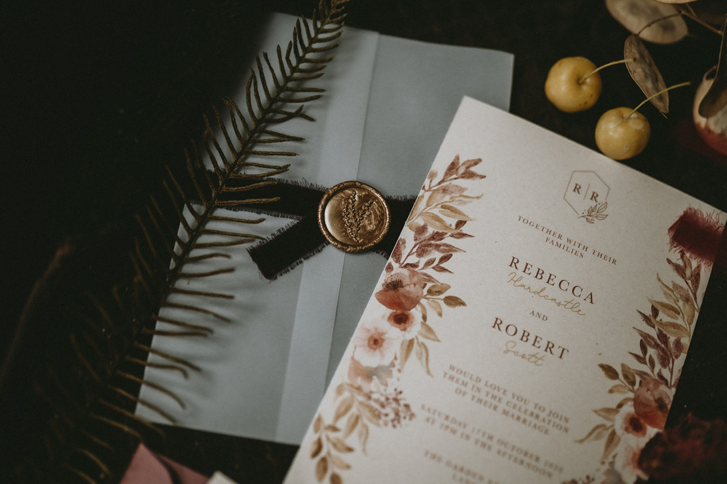 10 Mistakes To Avoid When Sending Your Wedding Invitations