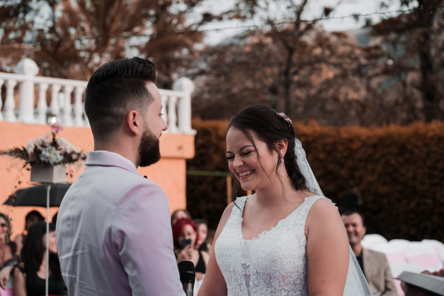 6 Unique Ways to Add Humour To Your Wedding Ceremony