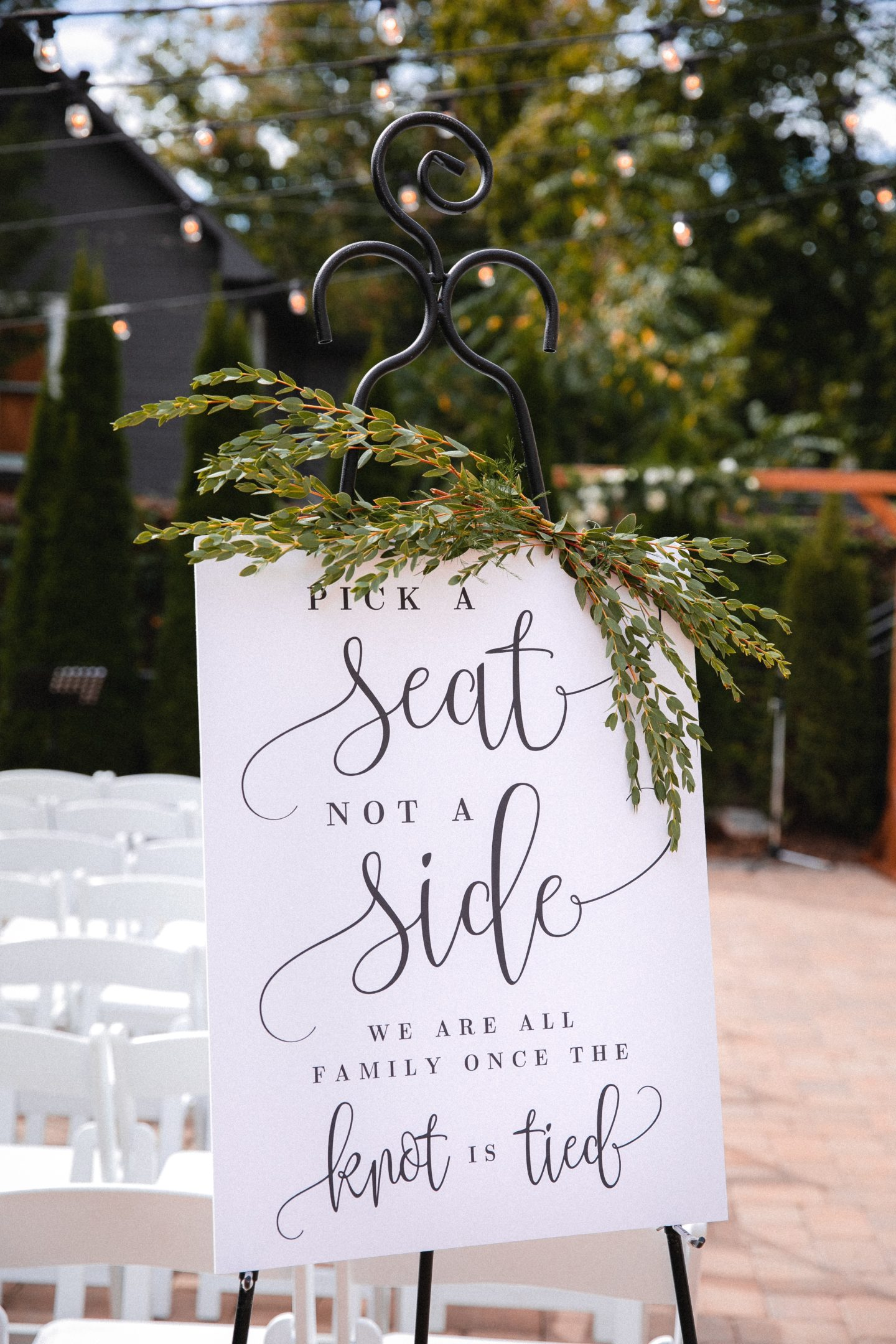 5 Tips For Planning A Wedding With Deaf or Hard of Hearing Guests