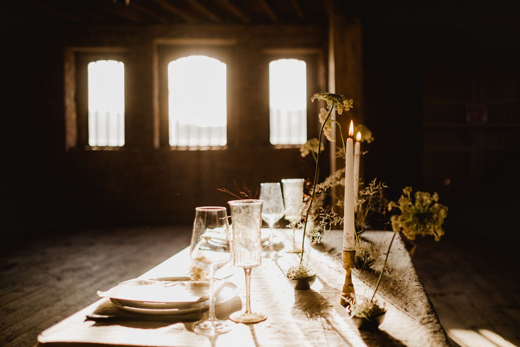 Minimal Wedding Styling; 7 Styling Tips For A Simple Wedding